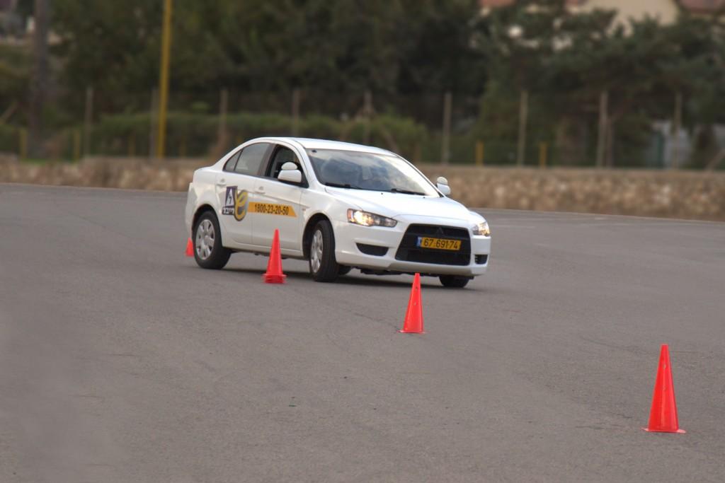 קורס נהיגה מתקדמת- שרייבר לימוד נהיגה