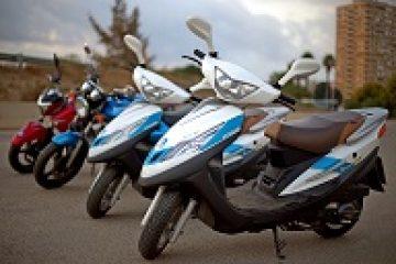 לימוד נהיגה על אופנועים